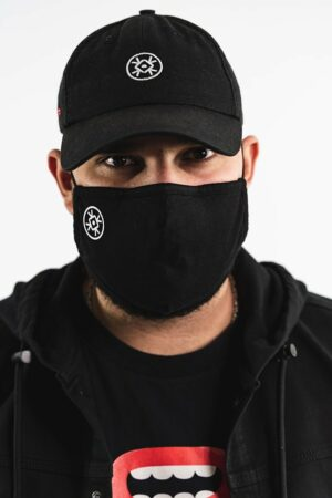 BERYWAM Black Mask with Logo 1 - Model: WaWad